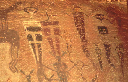 View of Courthouse Wash pictograph details.  Close-up of upper right section. 279 x 433 pixels, 48 K.